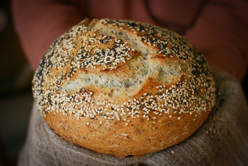 No Knead Bread with Seeded Crust