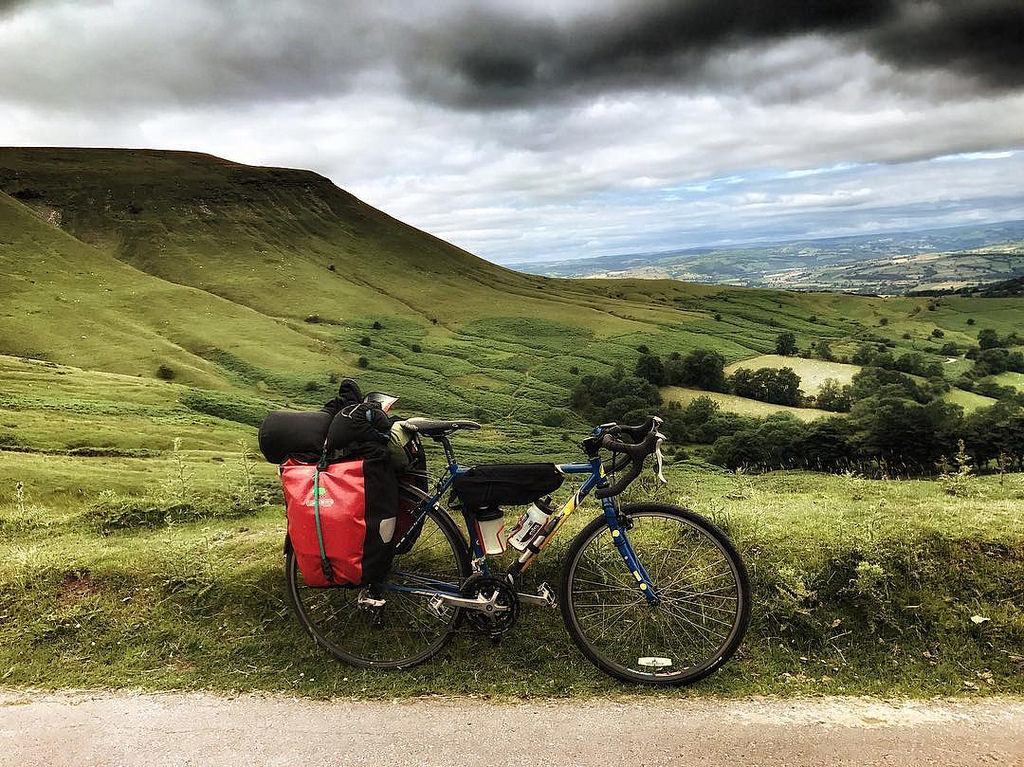 Cycle Touring in Wales - Gospel Pass